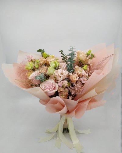 Букет розовых роз «Нежный персик»